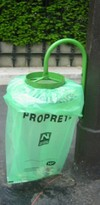 Crop_paris_garbage_bag_1