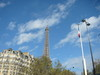 Eiffel_tower_29_oct_05_1