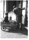 War_wounded_in_cart_munich